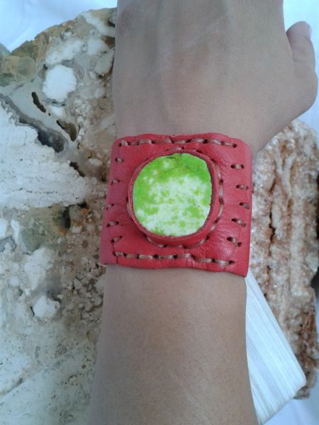 Leather & Lime Green Stone
