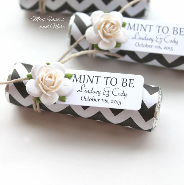 Wedding favors in black chevron with a personalized tag