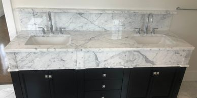 Statuarietto Marble Bath Vanity with cusotom shelf and column buildup apron front