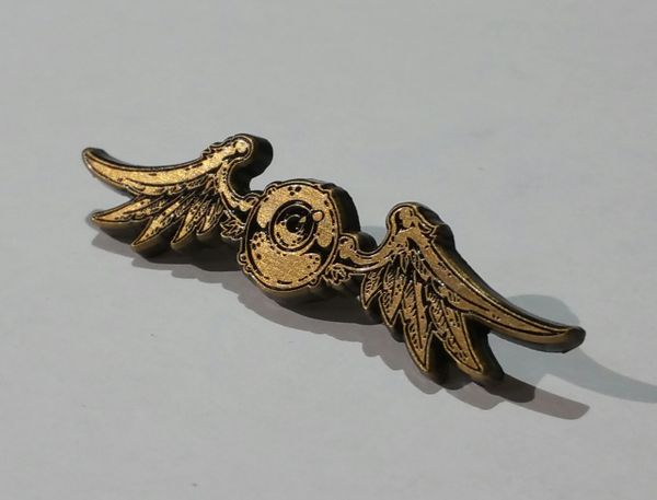 Flying Eyeball Pin ~ GOLD