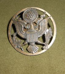 Vintage US Army Hat Badge