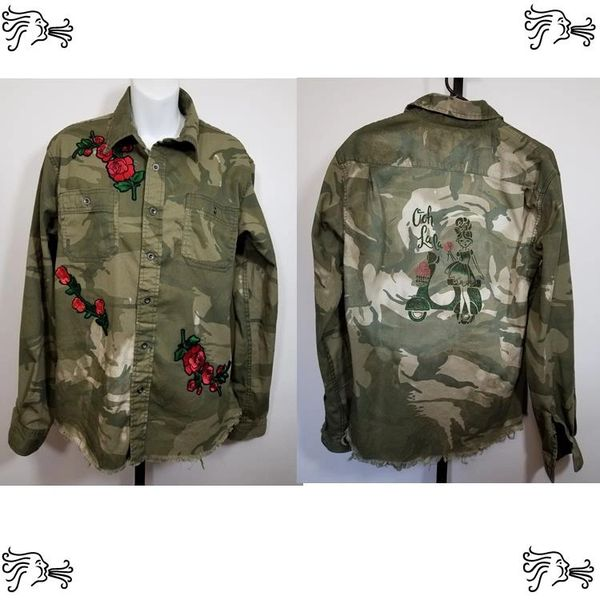 Wrangler M Green Camouflage Shirt Distressed Frayed Rose Applique Handpainted