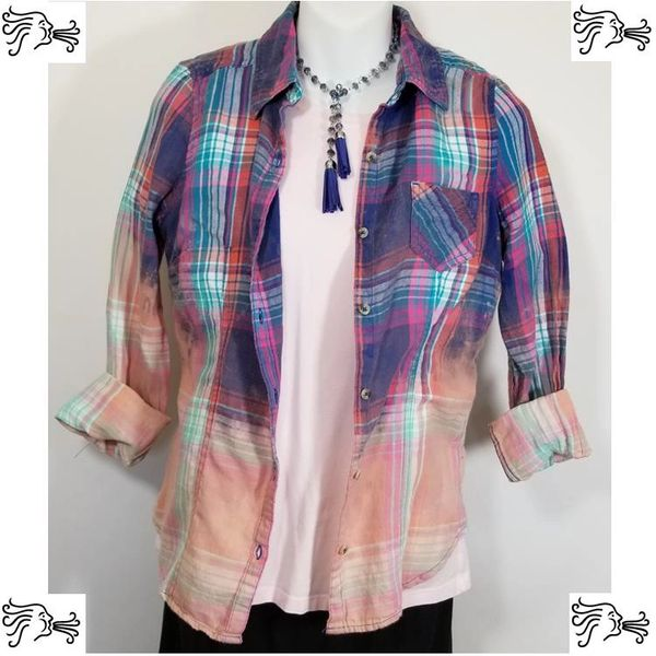 So Medium Blue Pink Bleach Plaid Shirt Boho Vintage Distressed Women