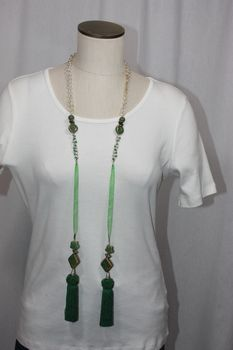 Tassel Ceramic Wood and Bead Lariat Necklace Green