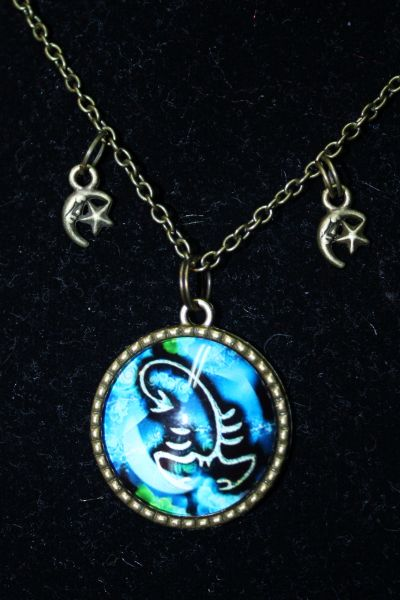 Glass Dome Zodiac Glass Picture Necklace with Moon and Star Charms