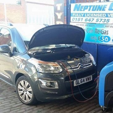Neptune Car Spares we can service the Air Conditioning systems of all makes and models.