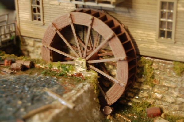 HO Scale KIT 20' Waterwheel