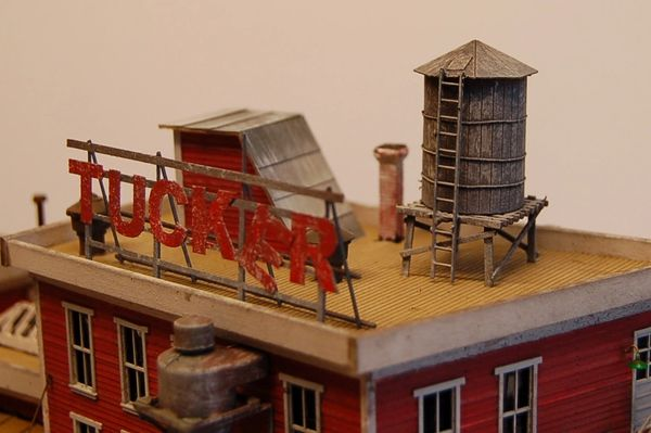 Tucker Factory - HO Scale