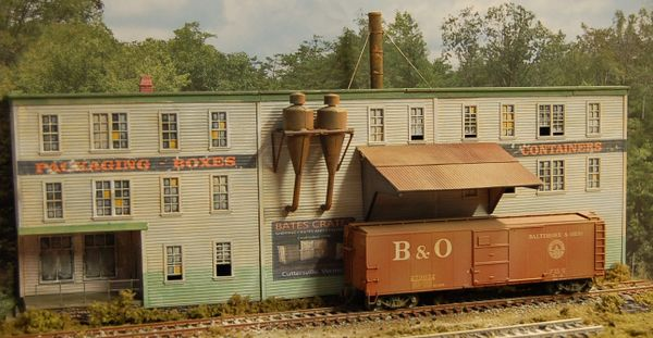 Bate's Crates (Background Building) - HO Scale Craftsman KIT