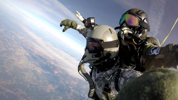 IDAHO State Record Tandem HALO oxygen jump from 32,000 ft.
