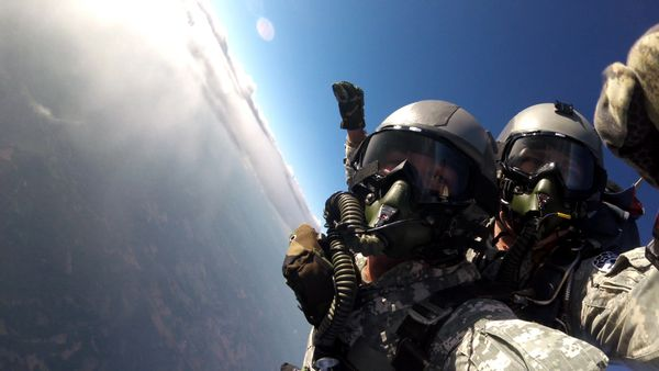 UTAH State Record Tandem HALO oxygen jump from 32,000 ft.