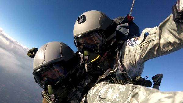 WYOMING State Record Tandem HALO oxygen jump from 32,000 ft.