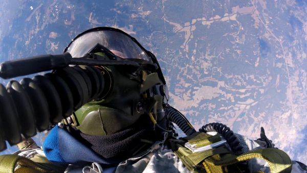 Washington State Record Tandem HALO oxygen jump from 32,000 ft.