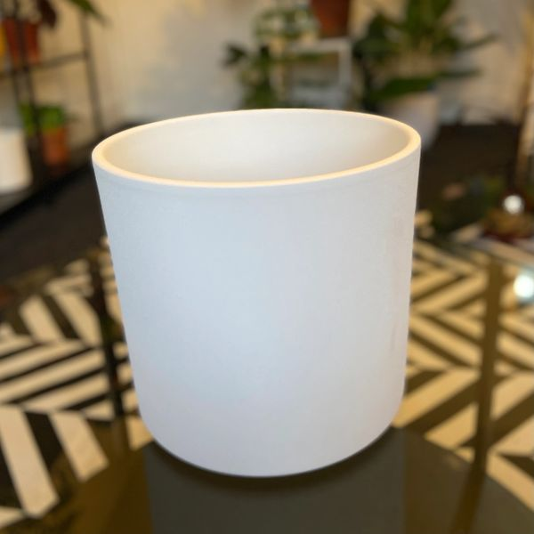 LARGE White Ceramic Planter (D 22cm)