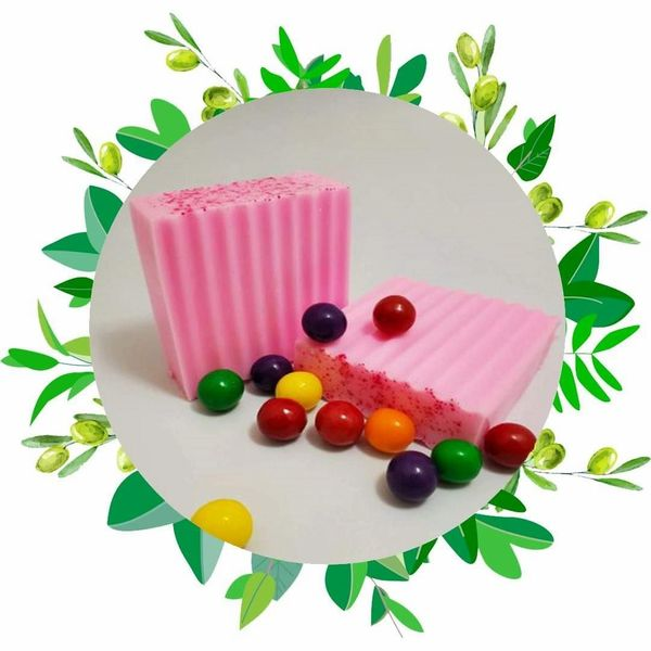 Bubble Gum & Goat Milk Soap