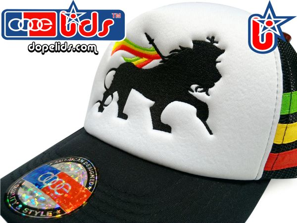 "smartpatches ""Lion of Judah"" Rasta Vintage Style Trucker Hat (Rasta Stripes)"