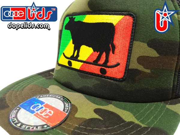 smart-patches Rasta Skater Cow Trucker Hat (Camo)
