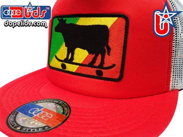 smart-patches Rasta Skater Cow Trucker Hat (Red/White)