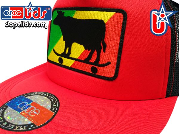 smart-patches Rasta Skater Cow Trucker Hat (Red/Black)