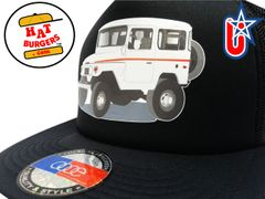 smARTpatches Truckers 70's 4 x 4 Truck Trucker Hat (Off White Truck, Solid Black)