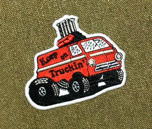 Keep on Truckin' Patch Shaggin Wagon Van Vintage Style 70's Patch 10cm