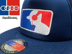 smartpatches DJ Headphones Silhouette Flat Bill Trucker Hat (Solid Navy)