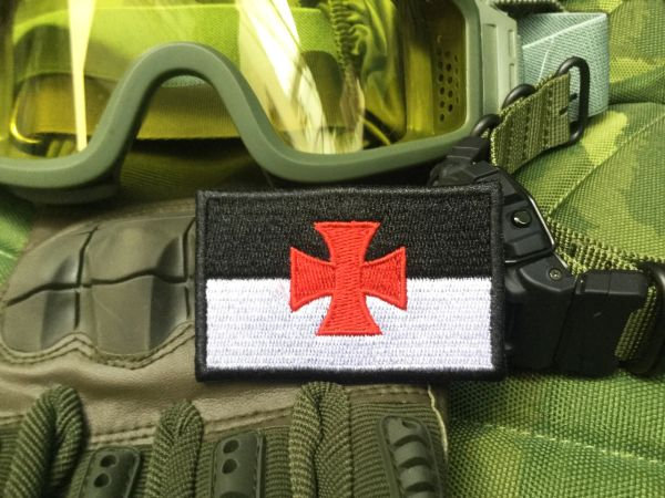 Cool Knights Templar Tactical Flag Morale Patch Applique 7cm