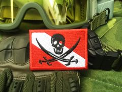 Cool Jolly Roger Dive Flag Skull Patch Applique 7cm