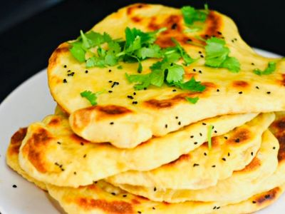 Naan bread with garlic