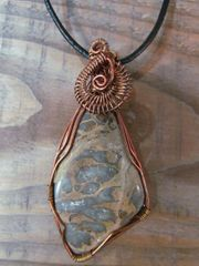 HANDMADE COPPER CRAZY LACE AGATE STONE NECKLACE