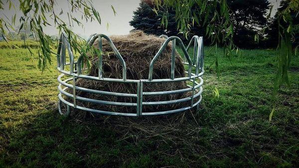 Heavy Duty Galvanized Round Bale Feeder