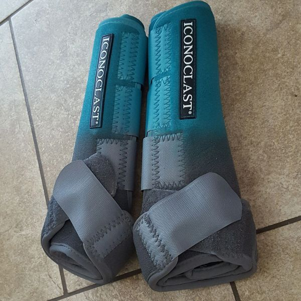 Teal to Gray Airbrushed Iconoclast Sport Boots