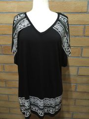 11107SX - Black Flowing Tunic - Crochet Backing
