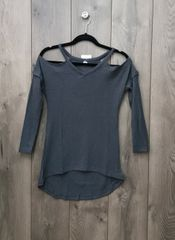 GREY001 - Off the Shoulder Long Sleeve