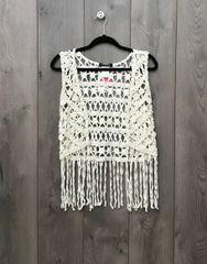 BB174D -Cream Vest w/ Fringe Trim