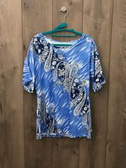 BLU001-Short Sleeve Top w/ Lace Shoulder Cut Ou