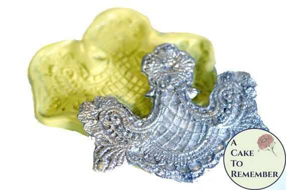 Woven lace swag mold for cake decorating M076
