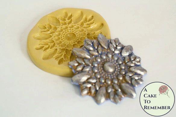 Round rhinestone fondant molds for wedding cakes M5093