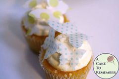 24 polka dot edible butterflies mini cupcake decorations
