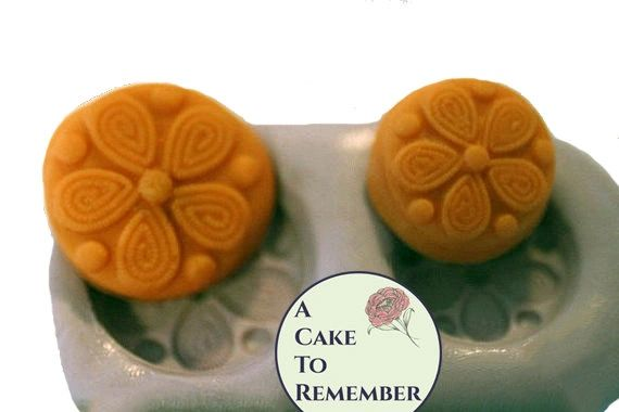 Daisy button silicone mold for polymer clay crafts M17