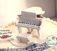 Grand Piano Cake Topper Tutorial