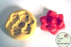 Jewel center flower mold for cake decorating M038