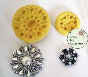 Jeweled brooch mold set for fondant M1003