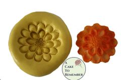 Silicone Flower Mold medallion M045