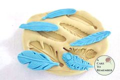 Tiny feathers silicone mold for cake decorating. M1017