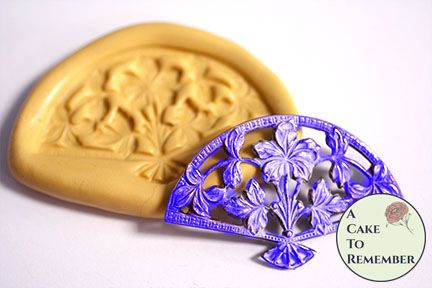 Filigree fan silicone mold for cake decorating M5157