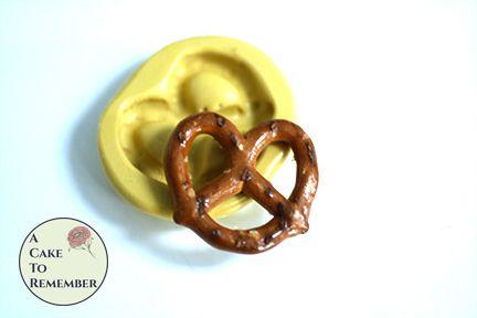 """2"""" pretzel silicone rubber mold M5227"""