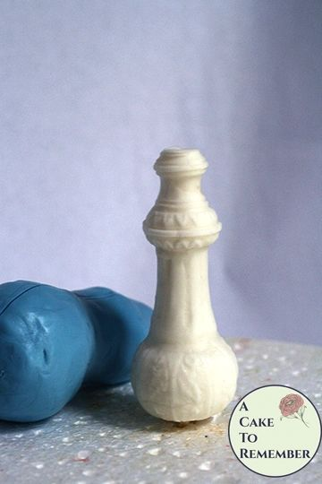 "4.5"" genie bottle silicone mold for cake toppers M5246"