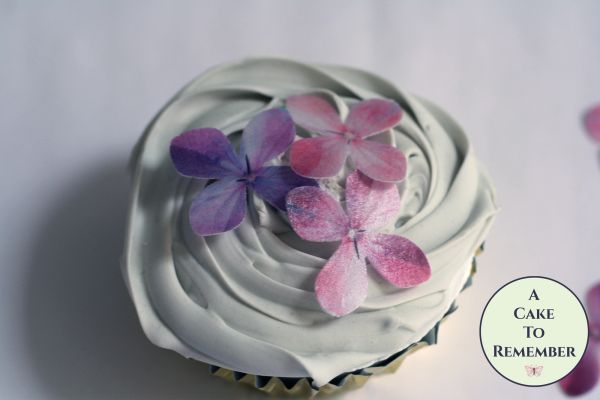 36 edible flowers hydrangeas wafer paper cupcake toppers