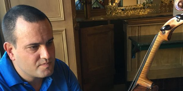 Avshalom (Avshi) Weinstein, a third-generation Israeli violinmaker, was trained by his father, Amnon